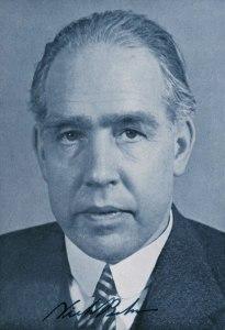 Niels_Bohr_1
