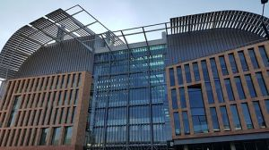 francis_crick_institute_building_oct_2015