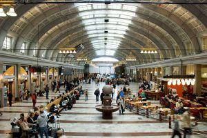 800px-hall_stockholm_central_station