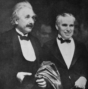596px-Albert_Einstein_and_Charlie_Chaplin_City_Lights_premiere_1931
