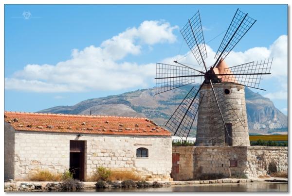 trapani_windmill