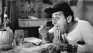 Alberto_Sordi_-_scena_degli_spaghetti_-_Un_americano_a_Roma_(1954)